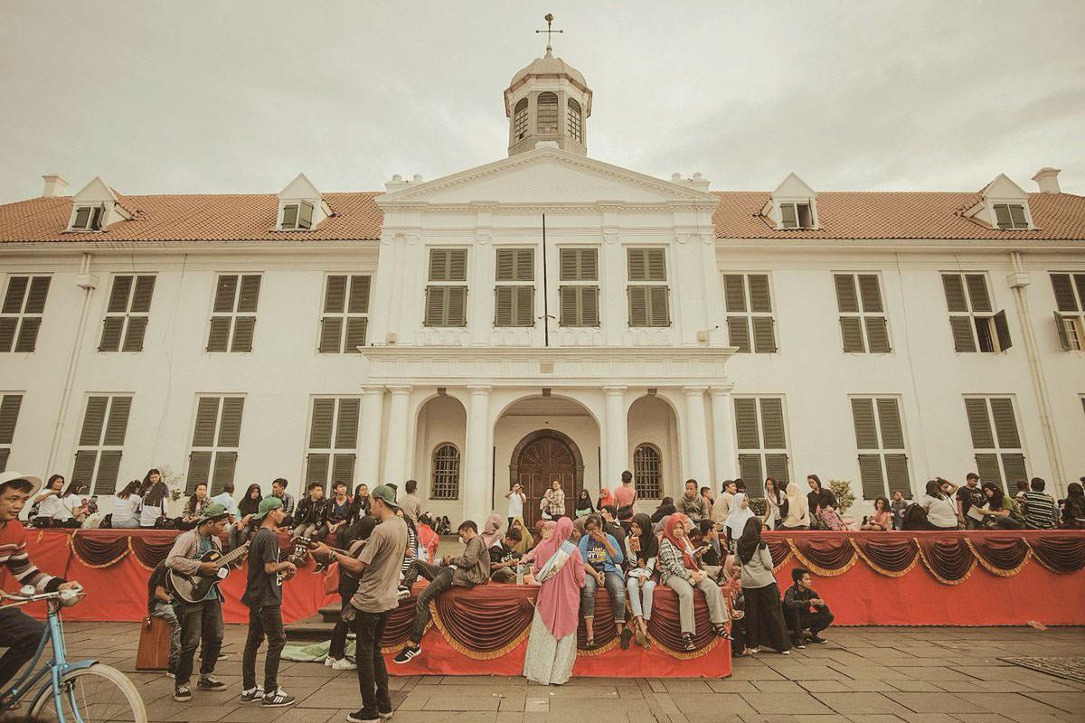 Gubernur Anies: Sebaiknya Bangunan Kuno di Kota Lama dan Harmoni Dibeli dan Direnovasi