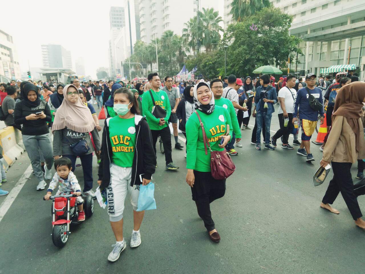 UIC Promosi Penerimaan Mahasiswa Baru di Car Free Day Jakarta